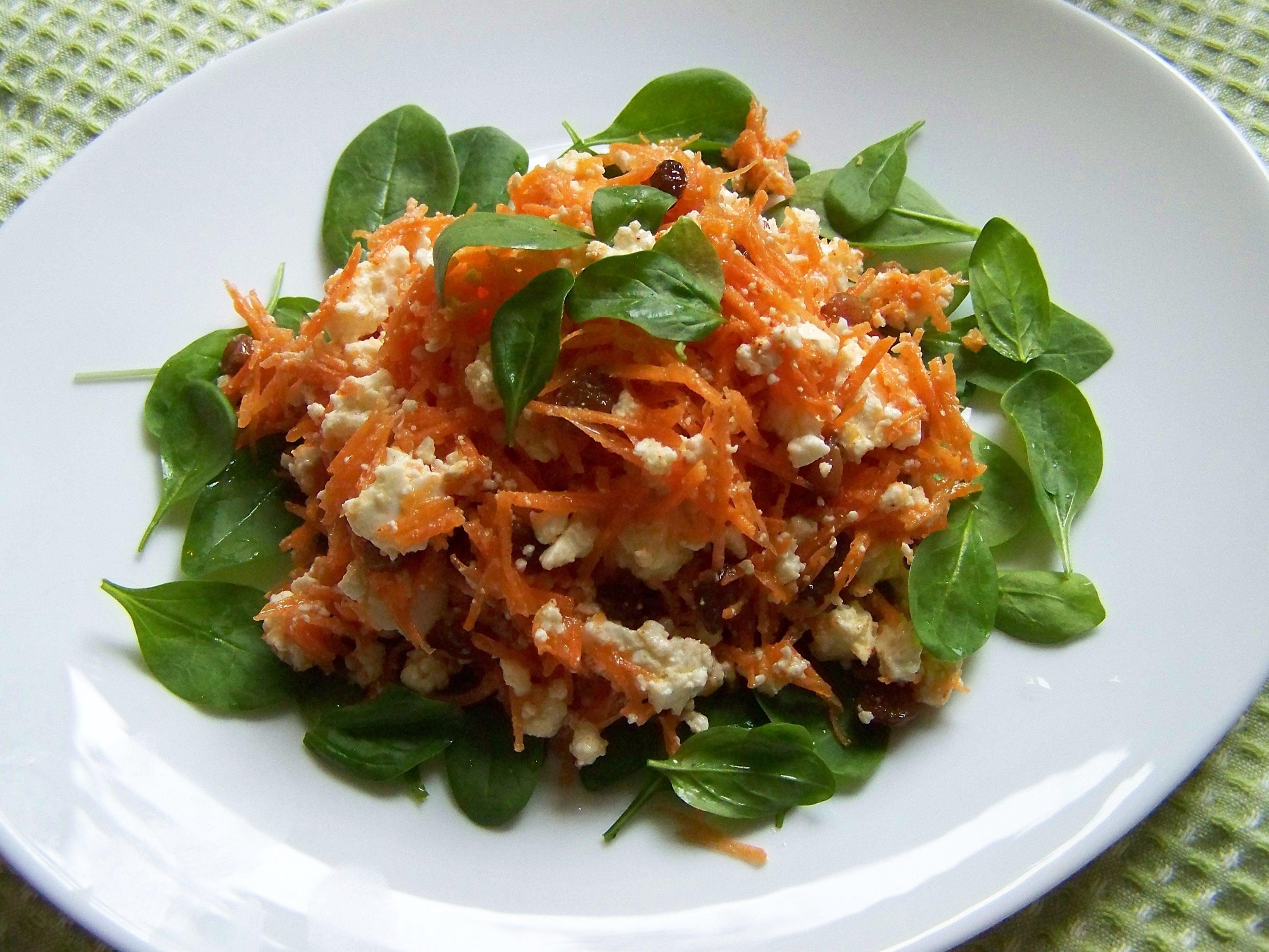 """Салат """"Морковь+брынза"""""""